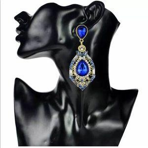 Jewelry - Brilliant Blue Crystal Earrings